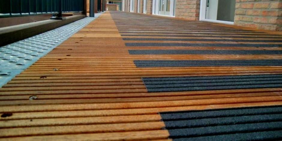 anti slip paint for wood metal non slip paint On non slip decking paint