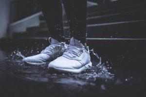 nano coating on shoes makes the waterproof