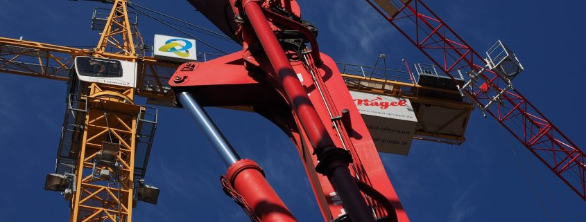 fluoropolymer coatings support hydraulics in cranes
