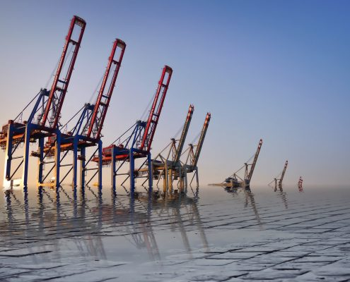 polyurethane coating in an offshore environment on oil rigs