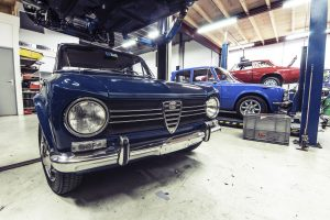 an epoxy garage floor coating n a commercial garage